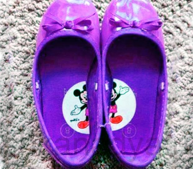Наклейки на детской обуви